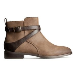 New H&M Brown Vegan Leather Boots Ankle Booties